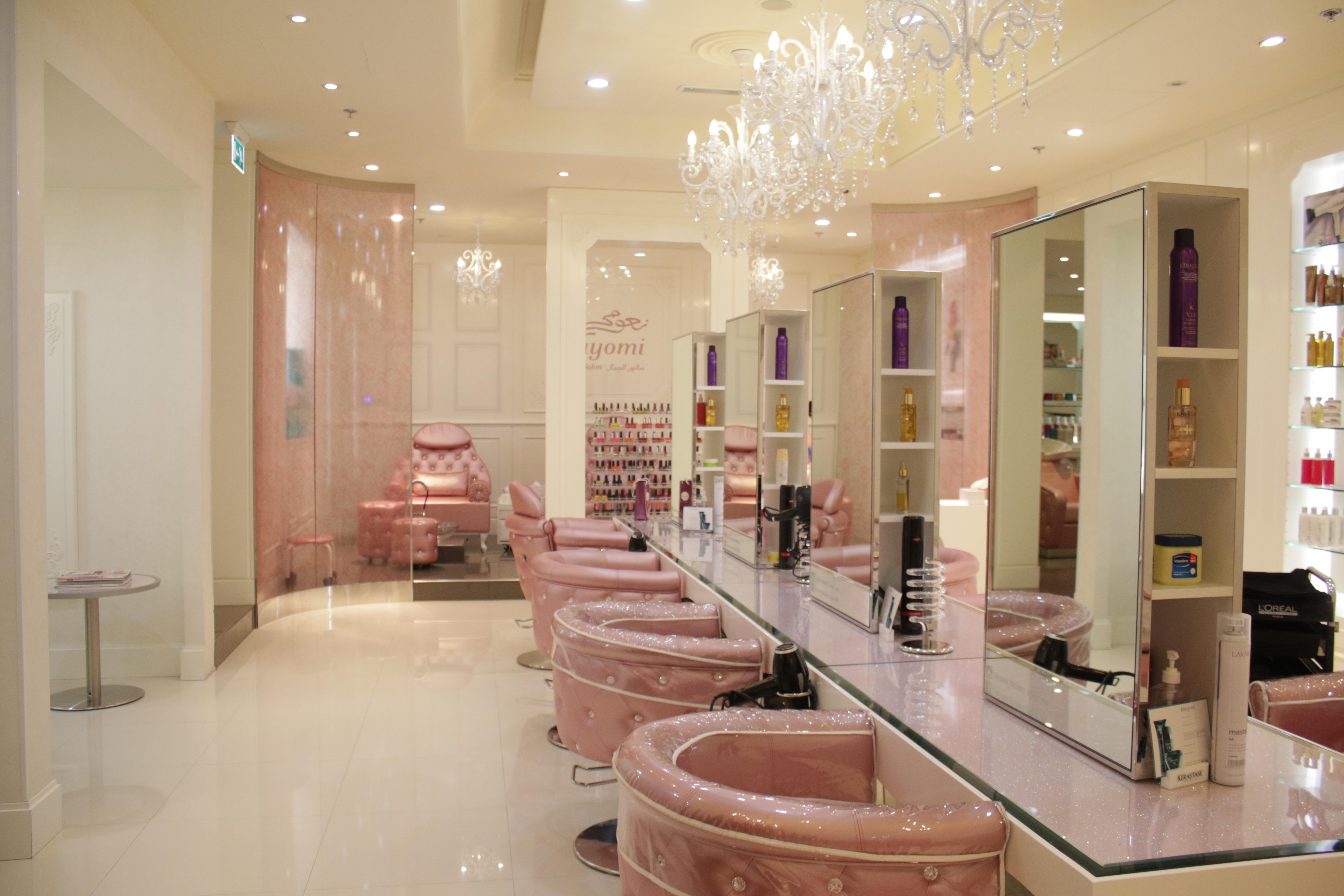 Nayomi Beauty Lounge Engineer With Flair